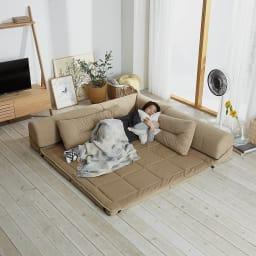 包まれる幸せのごろ寝ソファ 夏用サラサラ替えパッド 小ソファ用 使用イメージ(ア)ナチュラル ※お届けは替えパッドのみです。