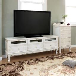アンティーククラシックシリーズ アンティーク風テレビ台 幅154cm 大型のテレビも置ける幅154cm。