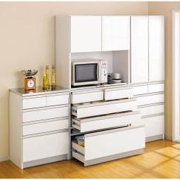 シンプルラインダイニングボードシリーズ 食器棚 幅88.5 高さ173.5cm コーディネート例
