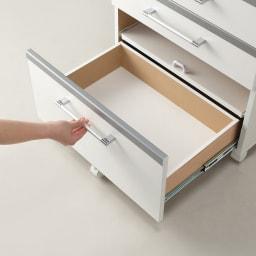 収納しやすいステンレストップカウンター 家電収納タイプ幅89cm 引き出しは内部化粧仕上げ。