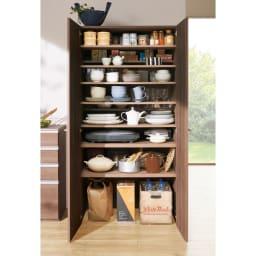 食器からストックまで入るキッチンパントリー収納庫 幅75奥行40cm (ウ)オリジナルウォルナット ※写真は幅90奥行55cmタイプです。