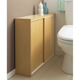 トイレ収納庫 引き戸タイプ 幅60cm・4段 (イ)ナチュラルは落ち着いたトイレ空間を演出。※写真は幅85cmタイプです。