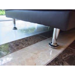 シンプルスタイルコーナーソファ 2人掛けソファ・幅135cm お洒落なスチール脚がモダンな印象に。