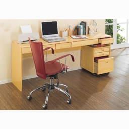 パイン天然木 薄型シンプルデスクシリーズ デスク 幅150cm (ア)ライトブラウン色見本 ※写真は幅180cmタイプです。