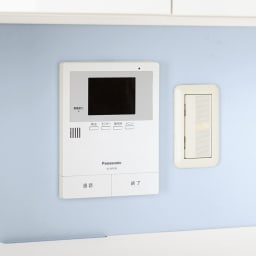 スイッチ避け壁面収納シリーズ スイッチよけタイプ(上台オープン・下台扉)幅45cm奥行30cm スイッチ類…オープン部は背板がないのでスイッチやモニター前にも設置可能。