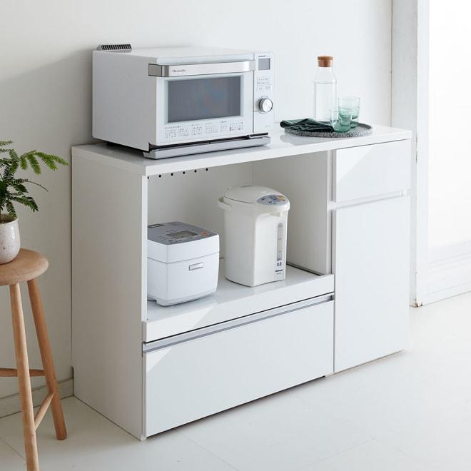 サイズが選べる家電収納キッチンカウンター ロータイプ 幅120cm 調理台・家電収納・収納棚・引出の機能を1台でコンパクトにまとめたキッチンカウンター。