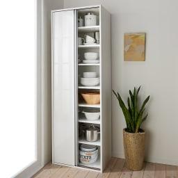 頑丈引き戸キッチンストッカー 幅61cm コーディネート例(ア)ホワイト