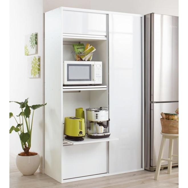 引き戸スライド扉で隠せる光沢仕上げキッチン家電収納庫 奥行45cmタイプ キッチン収納に嬉しいオールインワンタイプ。家電収納から食器棚まで活躍します。