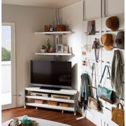配線コード巻き取り機能付き!オープンコーナーテレビ台 幅120cm・オープンタイプ (イ)ホワイト  テレビ台うしろのコーナー用突っ張りラック2段は別売りです。