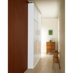 光沢仕様 引き戸 壁面収納 本棚 幅120 奥行21 高さ180cm ≪組合せ例≫ ※お届けは本棚幅120奥行21cmです。