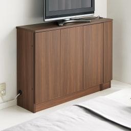 配線すっきりカウンター下収納庫 チェスト 《幅45cm・奥行35cm・高さ77~103cm/高さ1cm単位オーダー》 (ウ)ウォルナット ※総幅205・高さ85cmで撮影  配線もすっきりできるので高さを低めに設定すればテレビ台としてもぴったり。