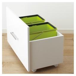 引き出して使える頑丈ワゴン付き キッチンストッカー 幅75cm ダストBOX 普段は隠せて必要なときだけ引き出して使用できます。※ペールは付属していません。