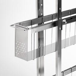 ステンレス洗濯機サイドラック 4段 幅20.5cm高さ103.2cm バスケットはスムーズに開閉できるスライドレール仕様。底面板は液漏れにも強いステンレス。