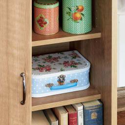 隠せる片引き戸ランドセルラック 幅60cm 引き戸内は可動棚板2枚付きの収納になります。