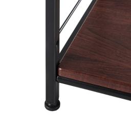 木目調シンプルパソコンデスク幅91cm奥行46cm (ア)ダークブラウン×ブラック:ナチュラルモダンスタイルに。黒とタダークブラウンのツートンカラーは、ブルックリンスタイルや男前インテリアなどトレンドの雰囲気も演出できます。