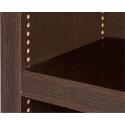 天井突っ張り式がっちりすっきり壁面本棚 奥行22.5cmタイプ 1cm単位高さオーダー 幅120cm・高さ207~259cm 【棚板1cmピッチ】可動棚は1cmピッチで調節が可能。本の高さやお好みに合わせて細かく対応します。