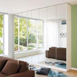 壁面書棚リフォームユニット 本体 幅60奥行44高さ180cm ≪組合せ例≫ ※写真は、本体と上置きの組合せです。(左から)幅60cmタイプ×2、(右)幅80cmタイプ×2です。 ※写真は天井高さ240cmです。