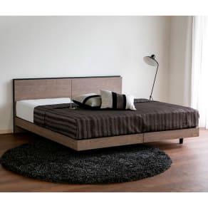 【ダブル】薄型棚付2段脚付きベッド フレームのみ 写真