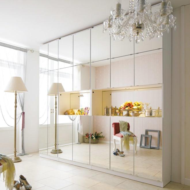 美しく飾れるシューズクローゼット 照明ライト付き下駄箱 幅80cm高さ180cm ≪組合せ例≫ (ア)前面:ミラー・本体:ホワイト ※お届けは幅80(2枚扉)です。