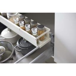 tower シンク下が使いやすくなる伸縮キッチンラック