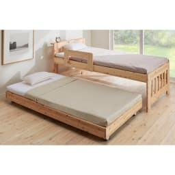 ひのきが香る天然木 親子すのこベッド 下段ベッド 使用イメージ ※お届けは(写真左)下段ベッド・フレームのみです。