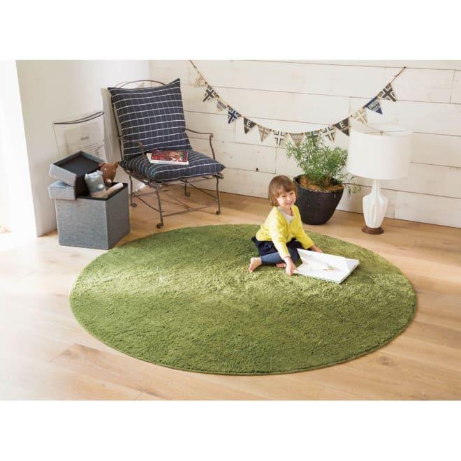 吸湿発熱素材ルネスTM CUセミシャギーラグ (イ)グリーン ※写真は円形約径190cmタイプです。