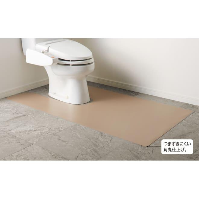 本革調トイレマット 幅80cm 使用イメージ(イ)グレイッシュブラウン (※写真はロング耳・足長判 幅80×奥行140cmサイズです)