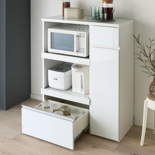サイズが選べる家電収納キッチンカウンター ハイタイプ 幅90cm 調理台・家電収納・収納棚・引出の機能を1台でコンパクトにまとめたキッチンカウンター。