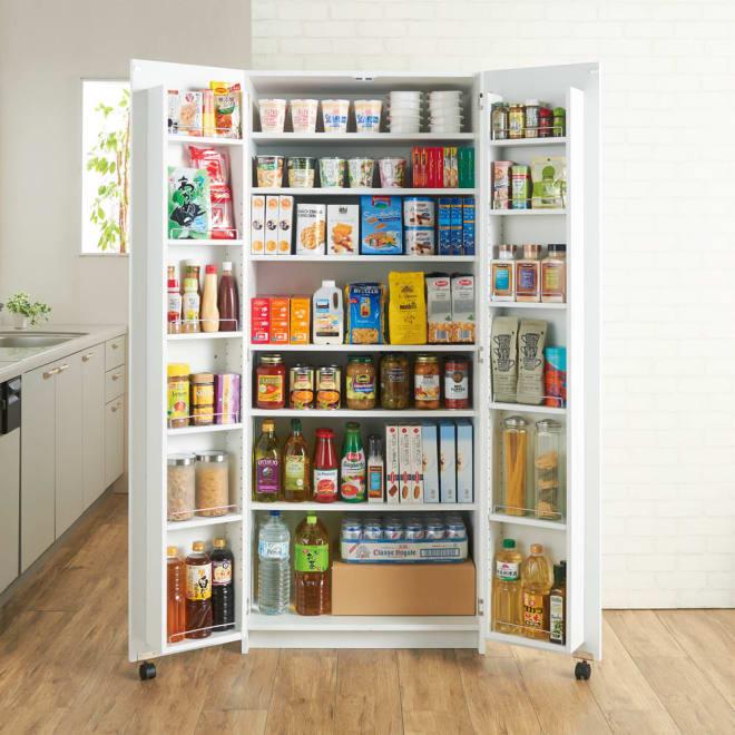 大容量なのに探しやすい!ドアポケット付きキッチンストッカー 幅75cm キッチンの大量収納を可能にするドアポケットキッチンストッカー。