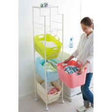 洗濯物の仕分けに便利 大きなバスケットのランドリーワゴン 4段