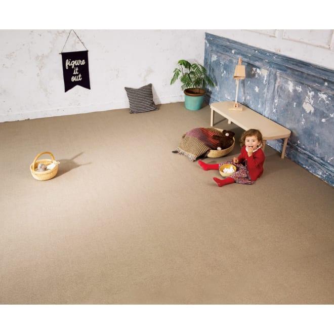 東リ 6つの機能カーペット 4.5畳(約261×261cm)【フリーカットサービス】 (イ)ベージュ ※写真はカーペットです。