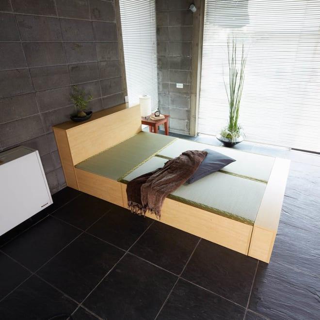 ユニット畳シリーズ ベッドセット 幅120奥行215cm 高さ31cm(本体高さ70cm) ヘッド部・フット部も収納スペースになります。 ※ベッドセットは3畳セット(1畳×3)+専用パーツになります。