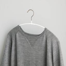 MAWA/マワ 洗濯ハンガー レディススリム 型崩れしにくい。肩が伸びたり跡がついたりしにくく、服の美しいシルエットをキープできます。