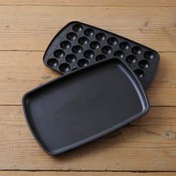 BRUNO/ブルーノ ホットプレート グランデサイズ 平面プレート、たこ焼きプレートはフッ素コートが施してあるので焦げ付きにくく扱いやすいです。
