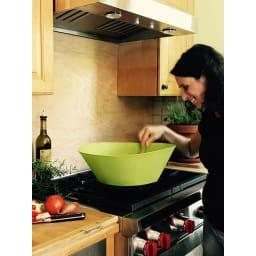 フライウォール 油はねガード フライパン直径20cm用 調理中に内側がよく見えます!