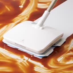 コードレス電動モップ(水スプレー機能付き) しつこい汚れもひと拭きでキレイに!