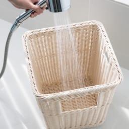 ラタン風ちょい置きダストボックス 汚れたら水洗いもできます。