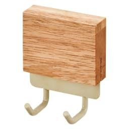 マグネット玄関収納 3点セット 鍵類をかけておくのに便利なフックタイプ。2連フックがついたものを2個セットでお届け。