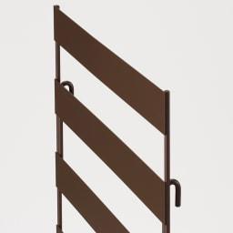 逆ルーバー室外機カバー サイドパネル2枚組 フックをひっかけるだけの簡単設置。