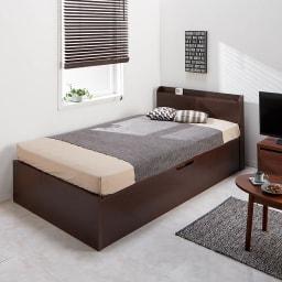 ガス圧横開きベッド(国産ポケットコイルマットレス付き) 使用イメージ(イ)ダークブラウン ※写真はレギュラー・セミダブルです。