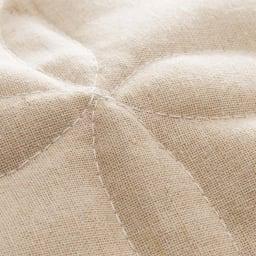 抗菌防臭綿麻混チェアカバー Texture 「抗菌防臭麻綿混」 麻のシャリ感と綿の柔らかさをミックス。使うほど愛着が増すナチュラルな風合いの素材。