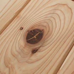 収納力たっぷり! 国産杉の頑丈キッチンラックシリーズ レンジラック5段 幅81cm 【自然素材の風合い】杉の持つ自然なフシを活かしたナチュラルな仕上げ。1点1点表情が異なる風合いは天然素材ならでは。
