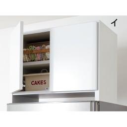 光沢仕上げ冷蔵庫上置き 奥行55高さ45.5cm シンプルモダンな印象のホワイト。キッチンのイメージに合わせてお選びください。(イ)色見本 ※写真は奥行35.5cmタイプです。
