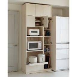 家電も食器もたっぷり収納!天井ぴったりキッチンシリーズ マルチボード 幅90cm奥行50cm (ア)ホワイトシカモア(木目調) ※天井高さ220cm ※写真はマルチボード幅90cm+上置き幅90cmです。