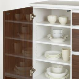 幅オーダー光沢カウンターシリーズ 扉引き出しタイプ ロータイプ(高さ87cm) 幅80~160cm(幅1cm単位オーダー) 扉収納部は、食器棚や食品ストッカーとしてお使いいただけます。
