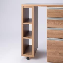 簡単に幅調節可能!スライド伸長式カウンター幅119~182cm 家電タイプ スライド天板はお好みにあわせて、左右どちら側にもセットできます。