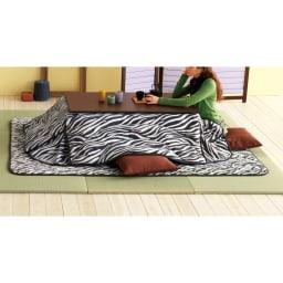へりなしフロア畳 3畳用(6枚組)[い草ラグ] こたつスペースにも使えます。