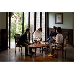 イタリア製象がんシリーズ リビングテーブル 幅100cm お客様のおもてなしのシーンにもおすすめです。※テーブルは幅117.5サイズを使用しています。