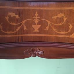 イタリア製猫脚シリーズ コンソールデスク イタリアの職人による伝統な象嵌細工が施されています。