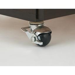 場所にぴったり大収納力デスク 幅115~205.5cm キャスターはストッパー4個付きでしっかりと固定。